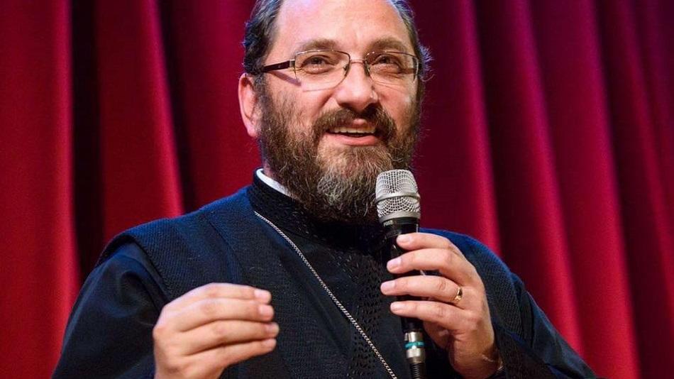 Preotul Constantin Necula, despre femeile care se machiază