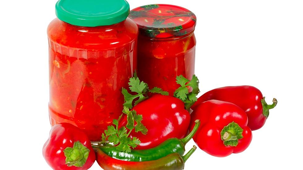 gogoșari în sos tomat