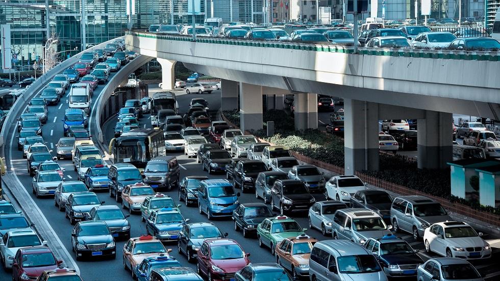 Orașul în care există mai multe mașini decât locuitori