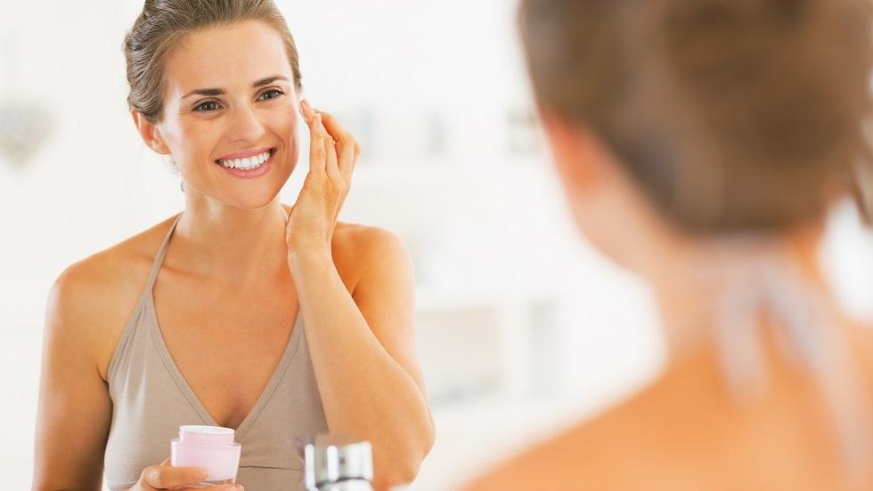 De la ce vârstă ar trebui să începi să folosești creme anti-aging