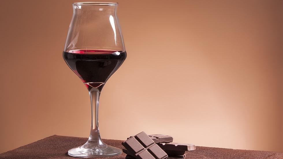 ciocolata și vinul roșu ten perfect