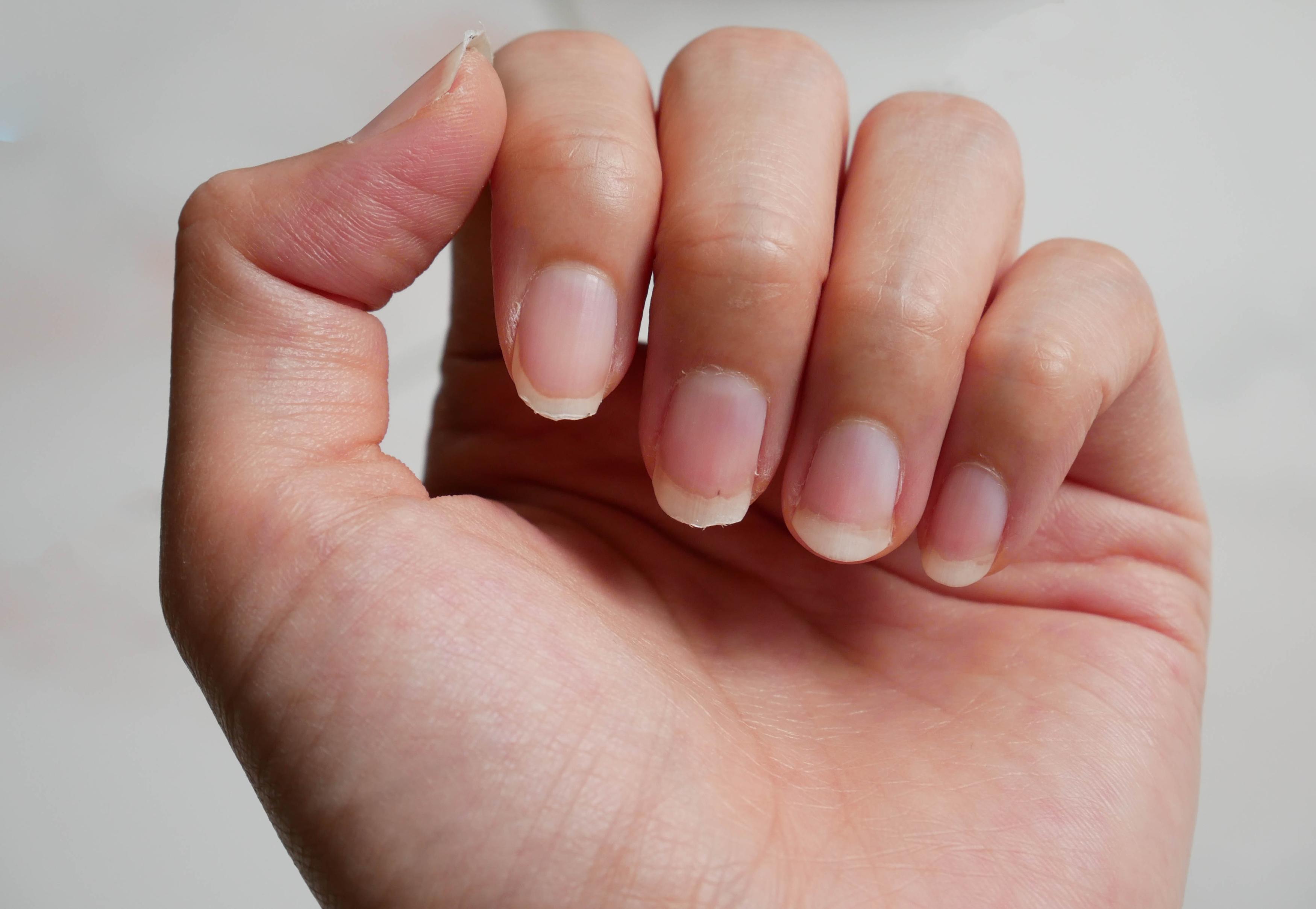 Tratament pentru intarirea unghiilor facut acasa