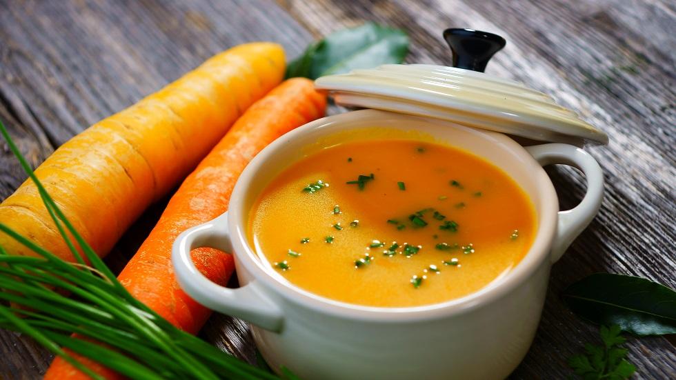supă cremă de morcovi cu ghimbir și turmeric