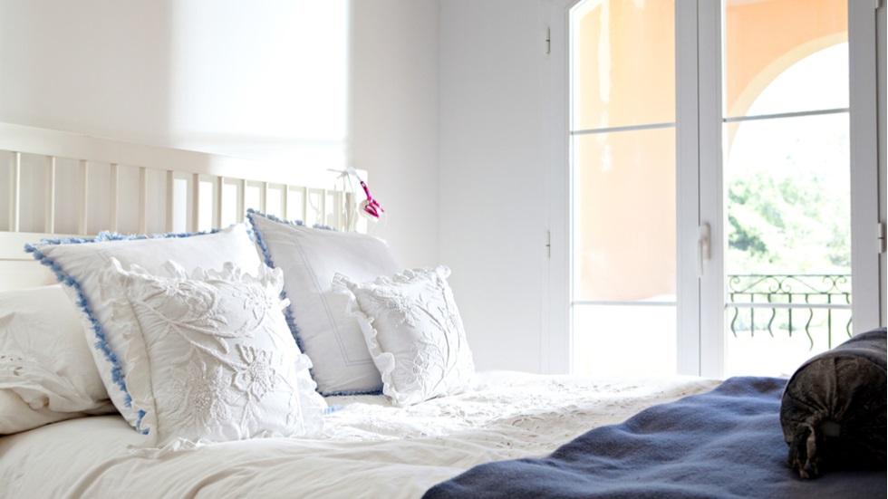 Trucul care îți transformă lenjeria de pat