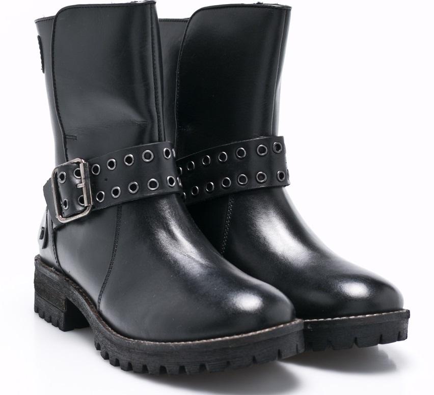 cum să te protejezi de ger. alege o pereche de cizme adecvate pentru sezonul rece