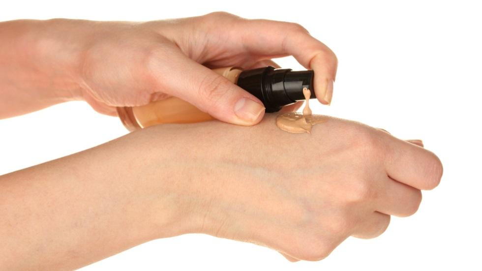 Cum măsori cantitatea corectă a produselor cosmetice pe care le folosești