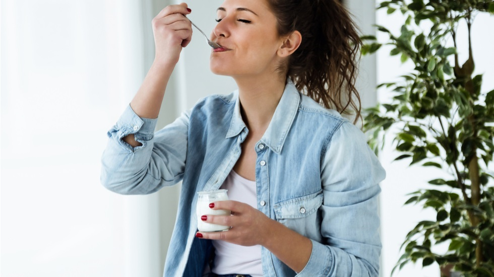 Când ar trebui să consumi iaurtul pentru a-ți îmbunătăți digestia