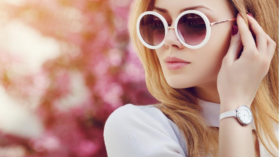 Cum alegi ochelarii de soare care să îți ofere o protecție ridicată