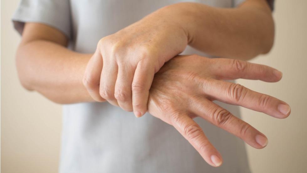 Dureri articulare mâinile amorțite la temperaturi ridicate