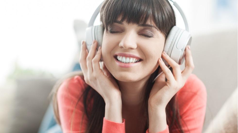 cât de mult ne afectează muzica pe care o ascultăm în căști