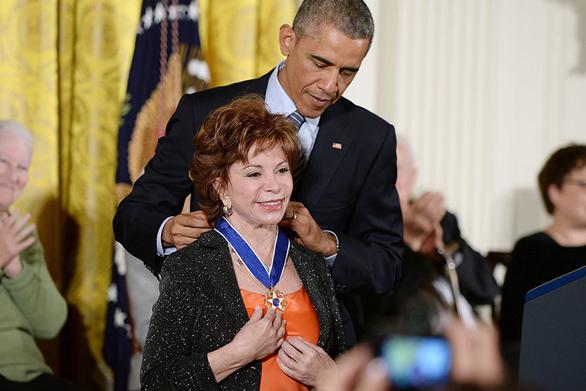 Personalitățile născute în Zodia Leului pe 2 august, Isabel Allende, Barack Obama