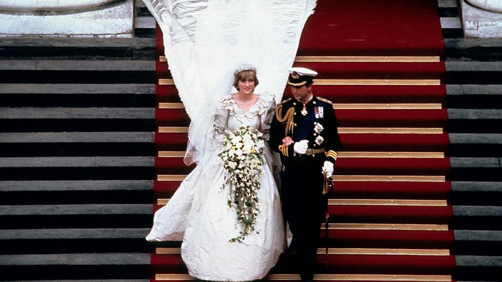 Prințesa Diana a avut o rochie de mireasă de rezervă