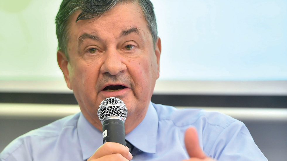 Prof. Univ. Dr. Florinel Bădulescu, medic primar oncolog
