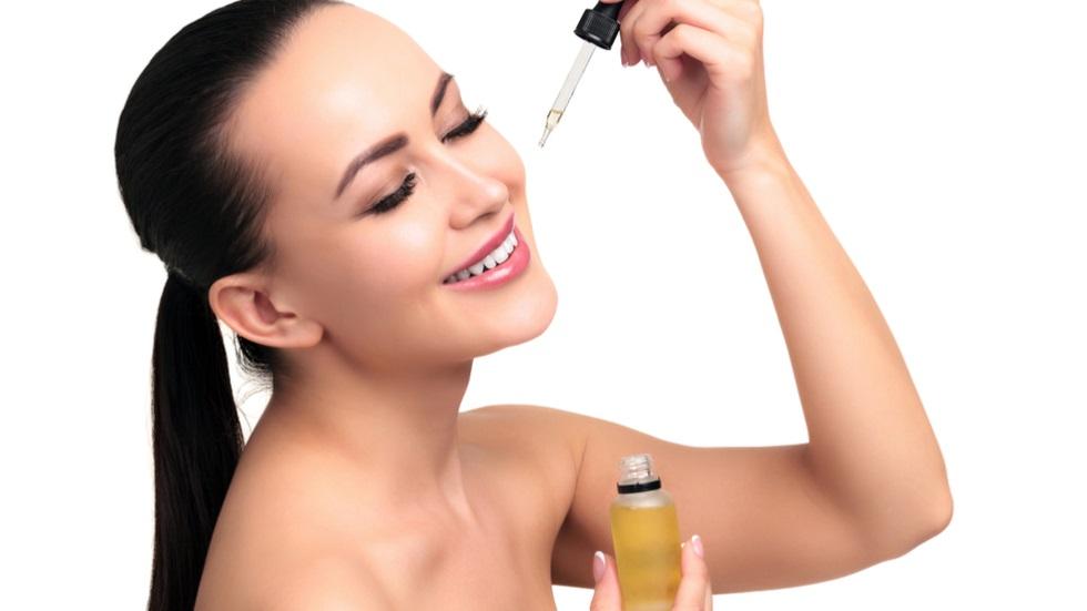 de ce să folosești uleiul de jojoba în ritualurile de înfrumusețare