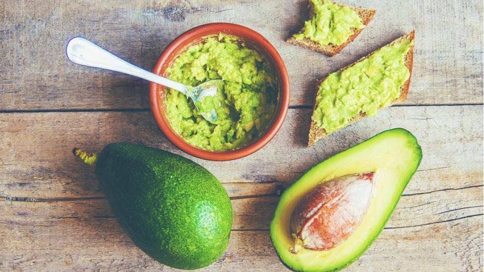cum poţi prepara un avocado pentru a stimula imunitatea copiilor