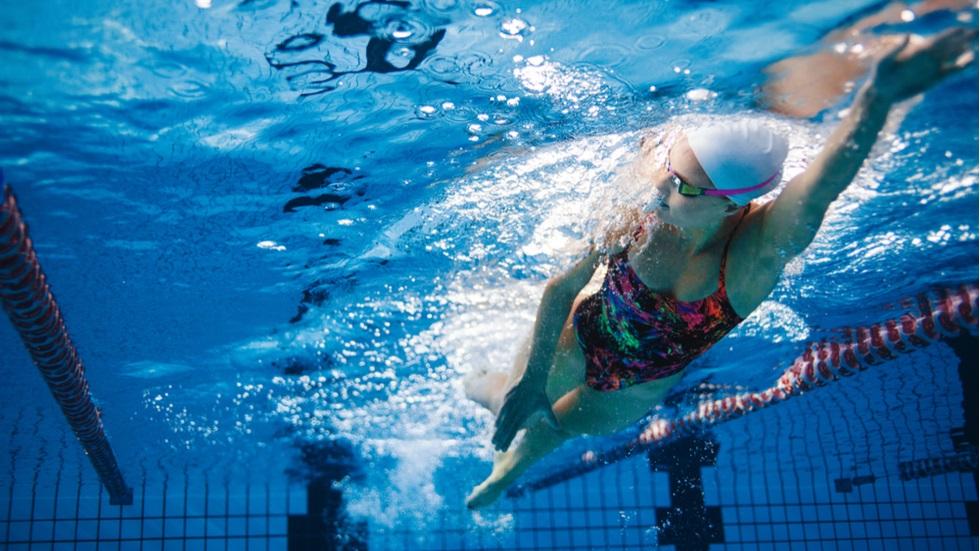 cum te ajută înotul să scapi de anxietate și depresie