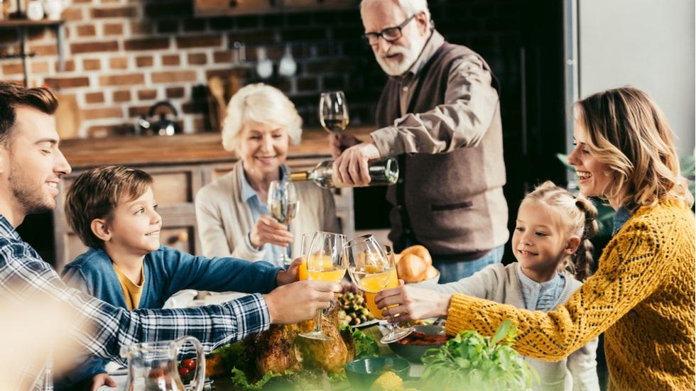 cât de importantă este cina în familie pentru dezvoltarea adolescenților