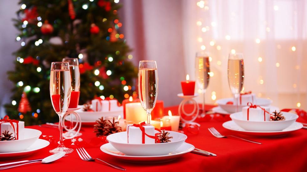 Cum ar trebui să aranjezi masa de Crăciun