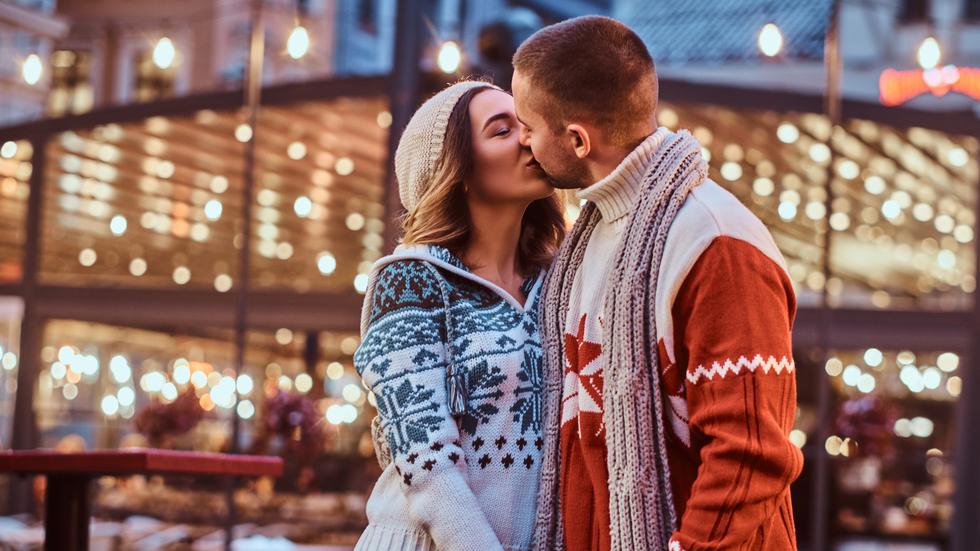 zodiile care se vor îndrăgosti nebunește în luna decembrie