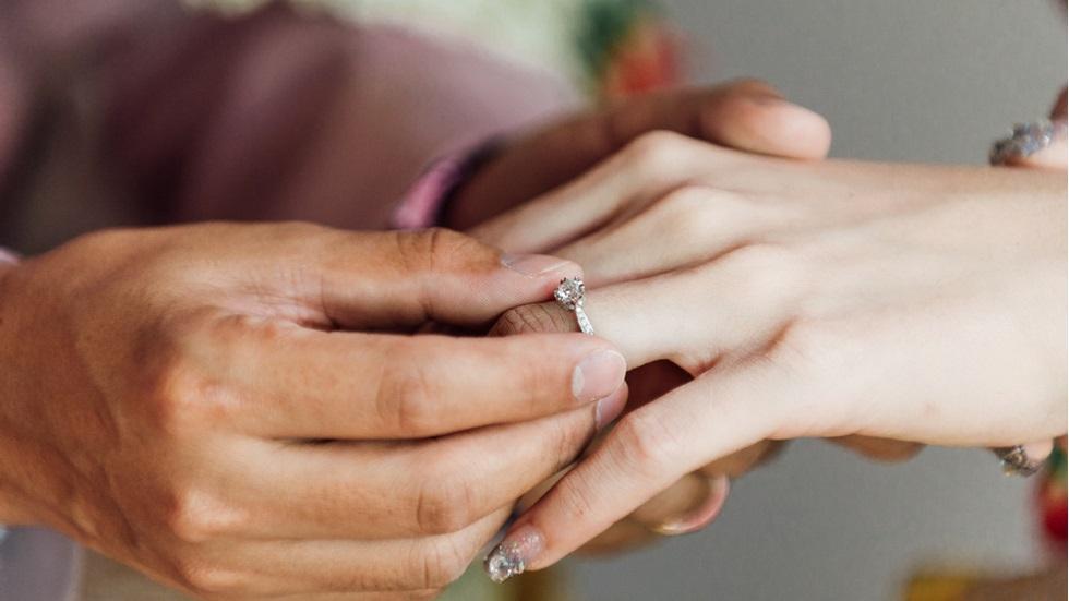 a cerut în căsătorie pe cine nu trebuia