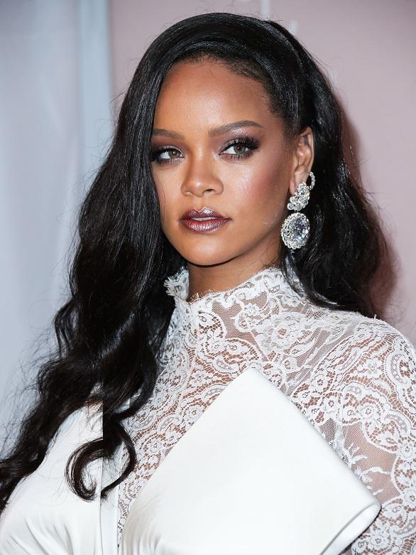 Rihanna, schimbare de look