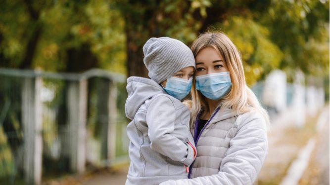 cum purtam corect masca medicala
