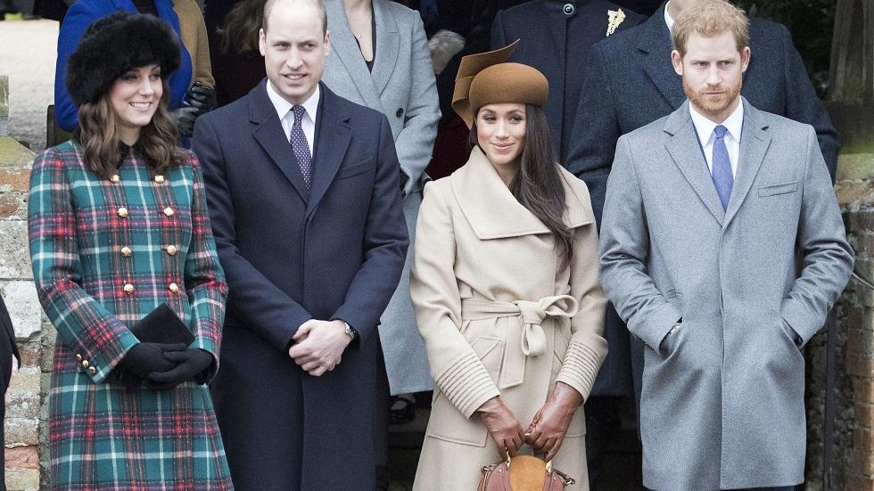 motivul pentru care Kate Middleton și Meghan Markle nu folosesc telefonul mobil în public