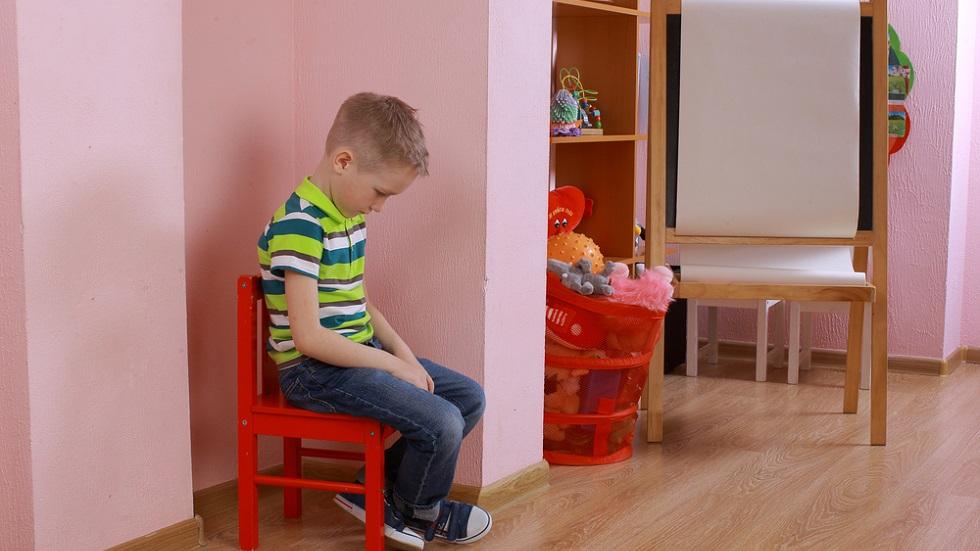 Un băiețel autist va avea parte de o surpriză de proporții de ziua lui de naștere