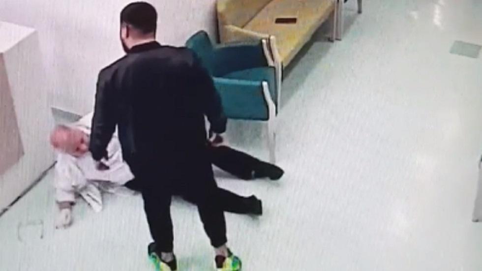 Un medic din Galați, agresat de un tânăr, în spital