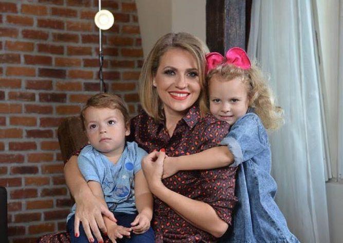 De ce a ales Mirela Vaida să nască natural