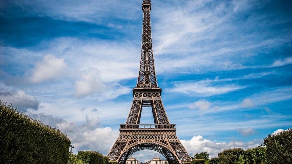 românca moartă la Paris
