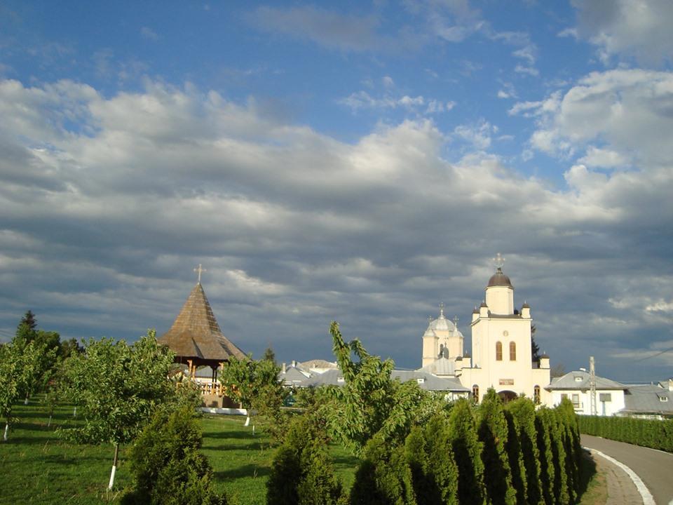 Manastirea PASAREA 1