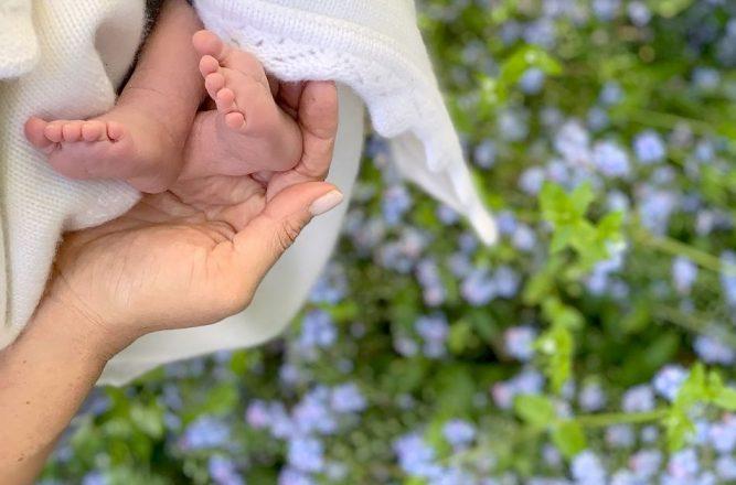 Meghan Markle a marcat Ziua Mamei din SUA printr-o nouă imagine cu bebelușul lor