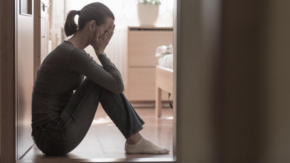 care este diferența dintre tristețe și depresie