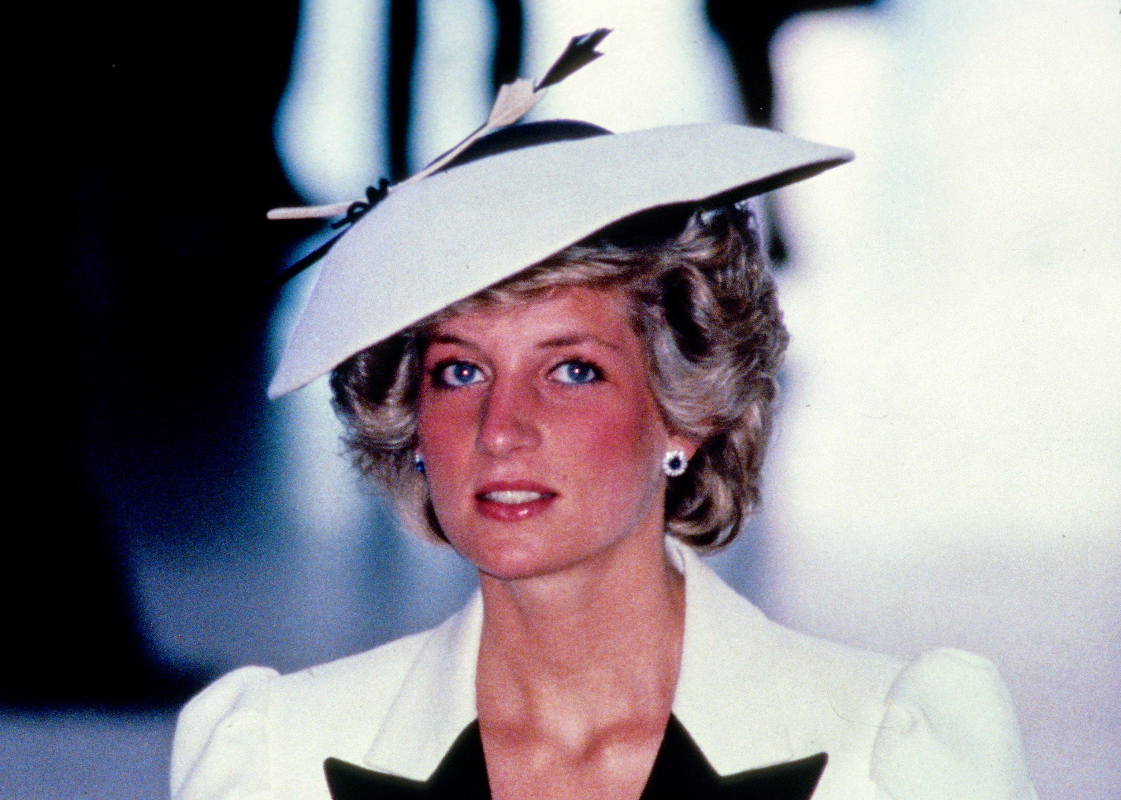 Prințesa Diana, 1985