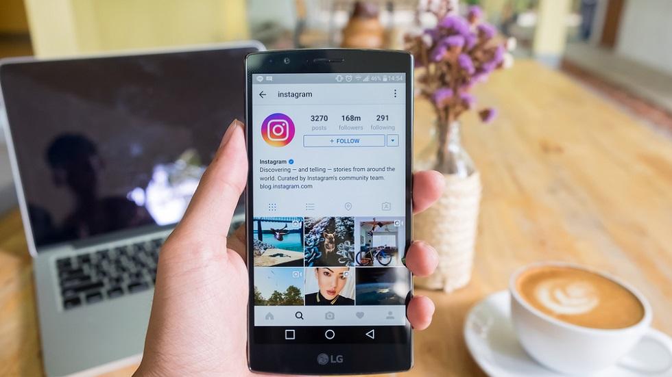 4 conturi de Instagram care ne ajută să ne recăpătăm încrederea în noi