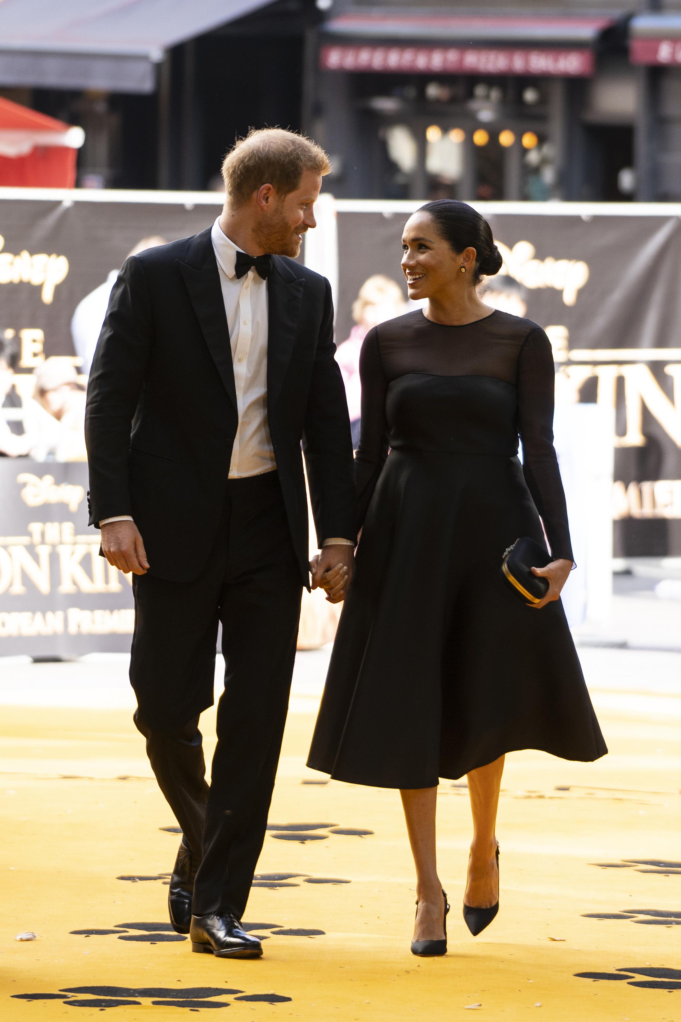 Meghan Markle și Prințul Harry, premieră Regele Leu, Londra
