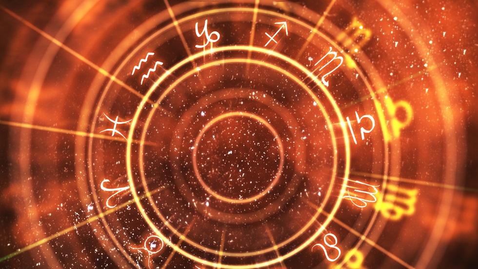 Horoscop 13 noiembrie
