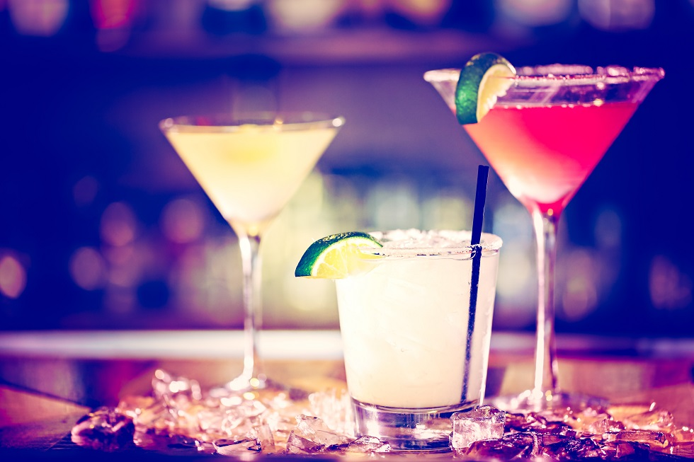 invata sa prepari acasa cele mai celebre cocktailuri