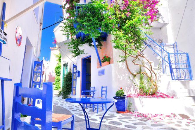 (P) După două luni de operare a curselor charter, AeroVacanțe confirmă:  Și în 2021, insula Skiathos din Grecia  este o destinație sigură pentru vacanță de vară!