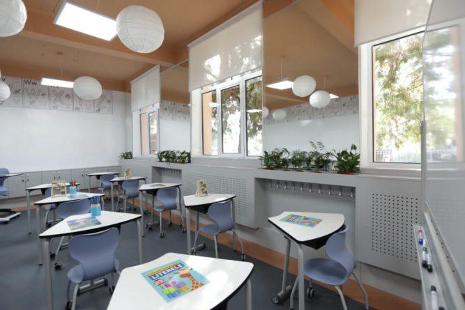 """P&G inaugurează a patra """"Sală de clasă ca acasă"""" în Apostolache, Prahova"""